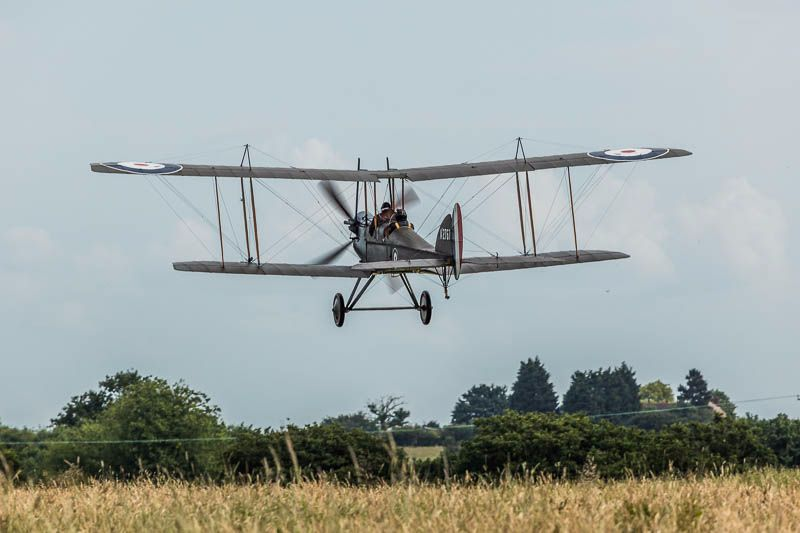 Be2e departs for the Somme