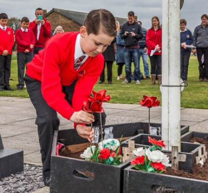 Tower of London Poppy Planting